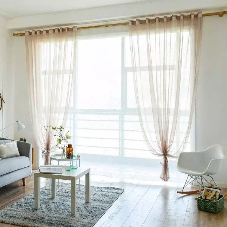 what curtains go well with white walls
