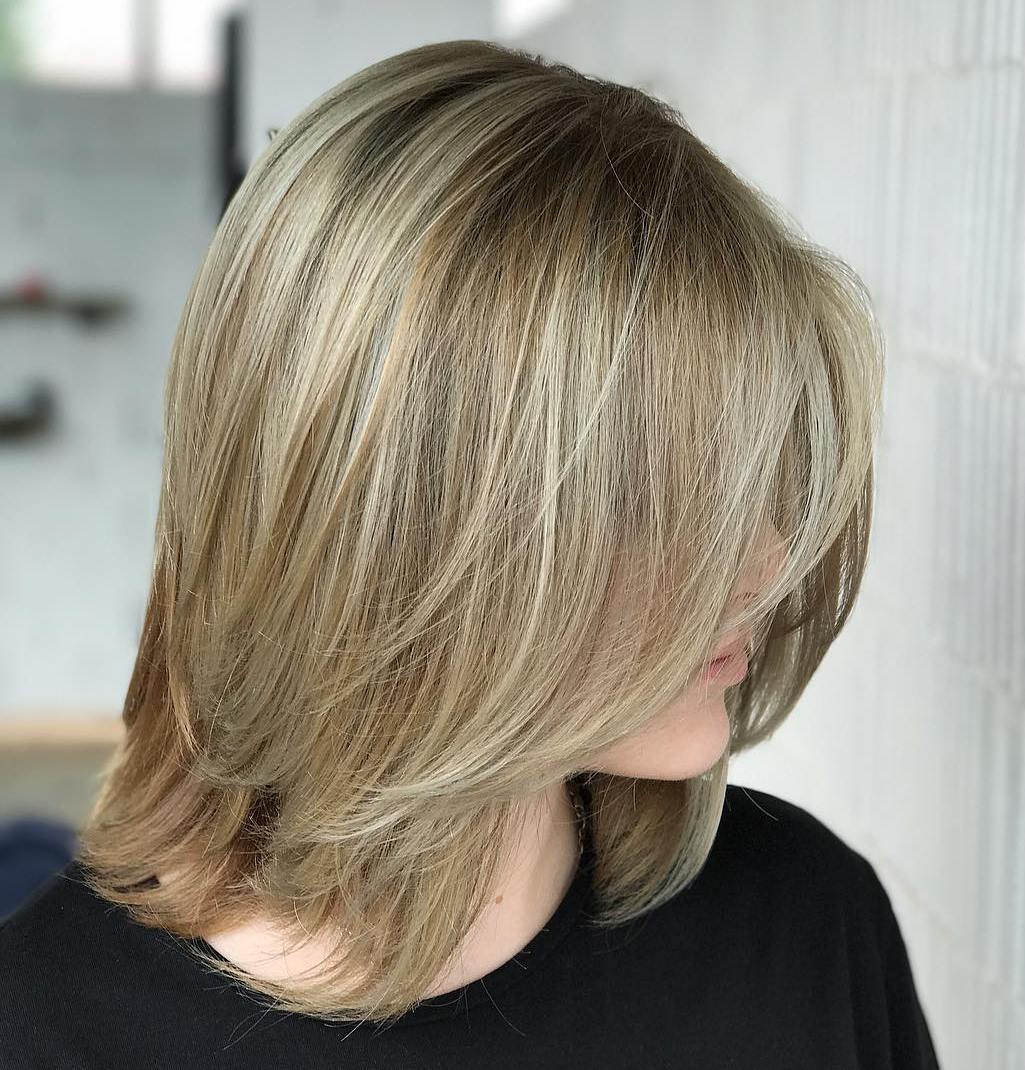 Medium Bob with Long Thin Feathered Layers