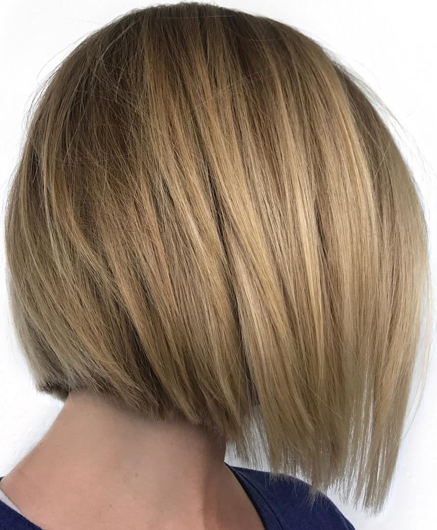 Short Straight Blunt Bronde Inverted Bob Haircut