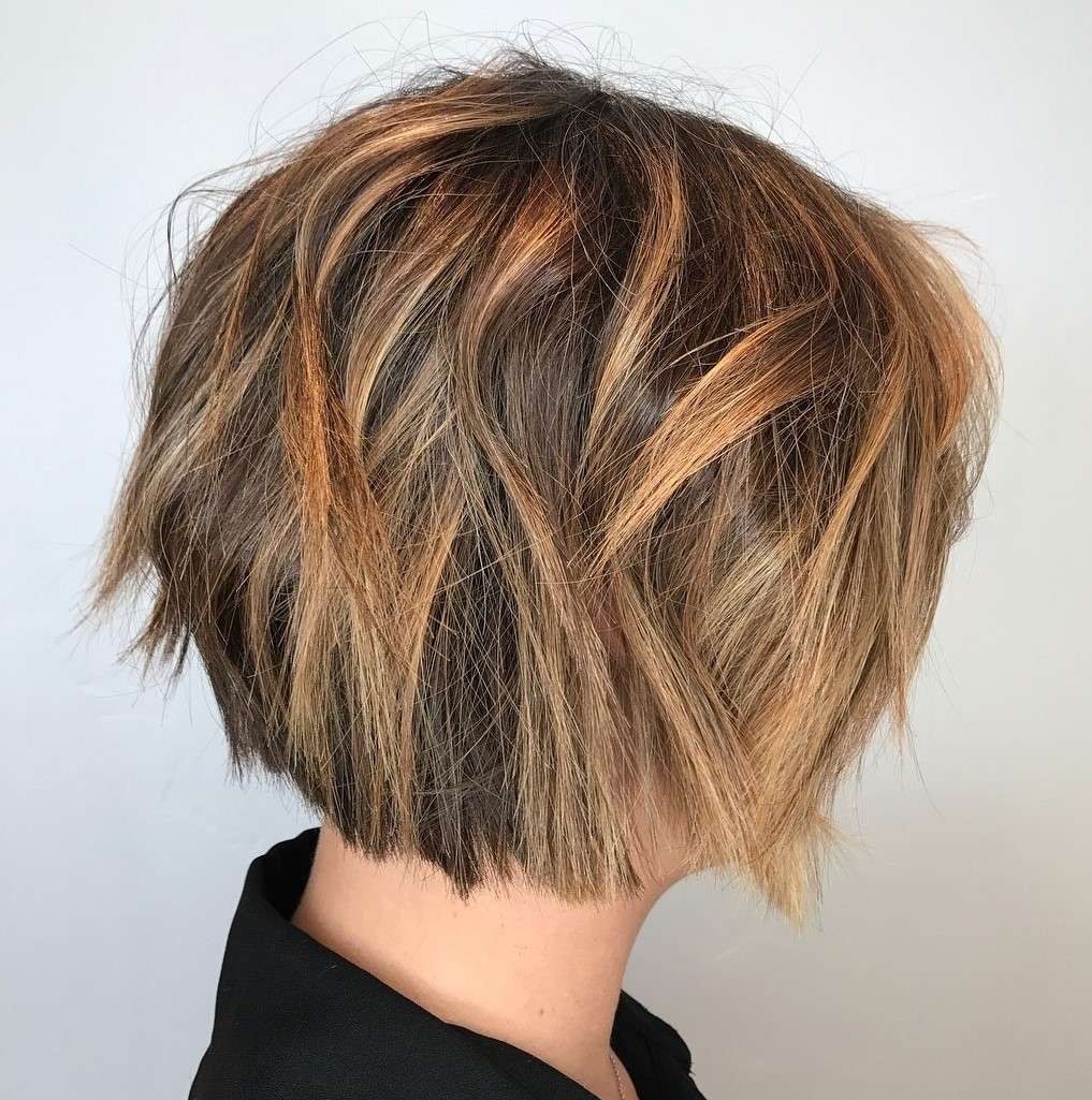 Chin-Length Messy Bob with Caramel Highlights