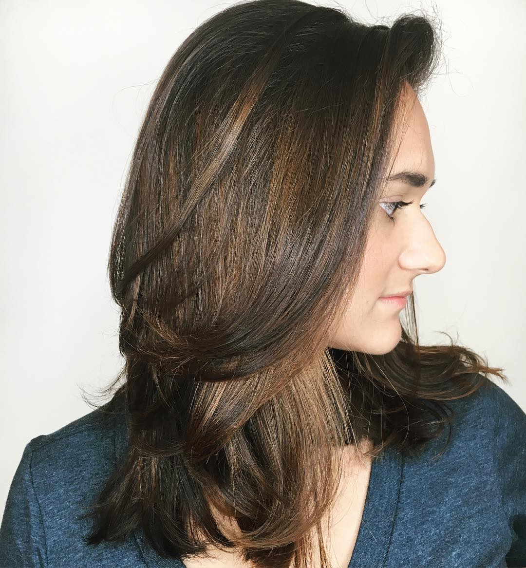 Smooth Layered Hairstyle for Medium Hair