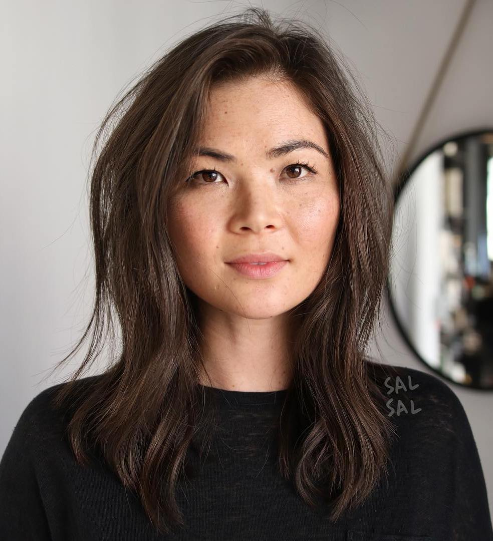 Medium Hairstyle with Layers for Chubby Face