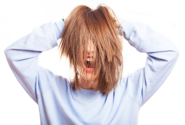 how to stop frizzy hair