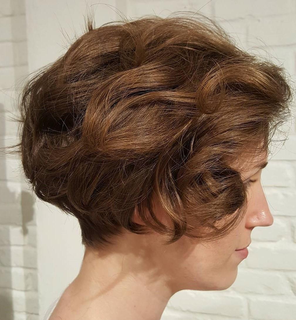 Razor Cut Bob for Wavy Hair