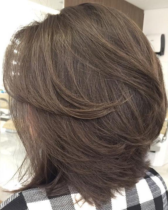 Medium Layered Style for Thin Hair