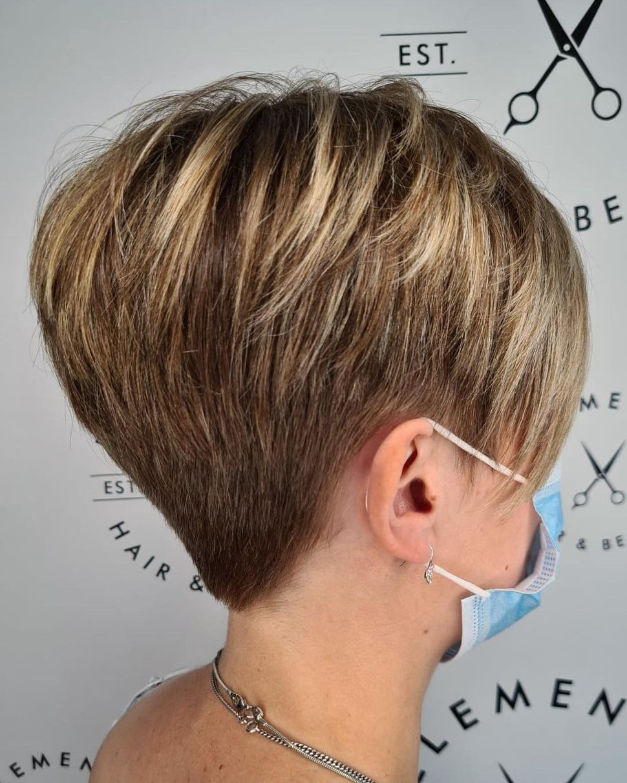 Elegant Textured Pixie Hairstyle