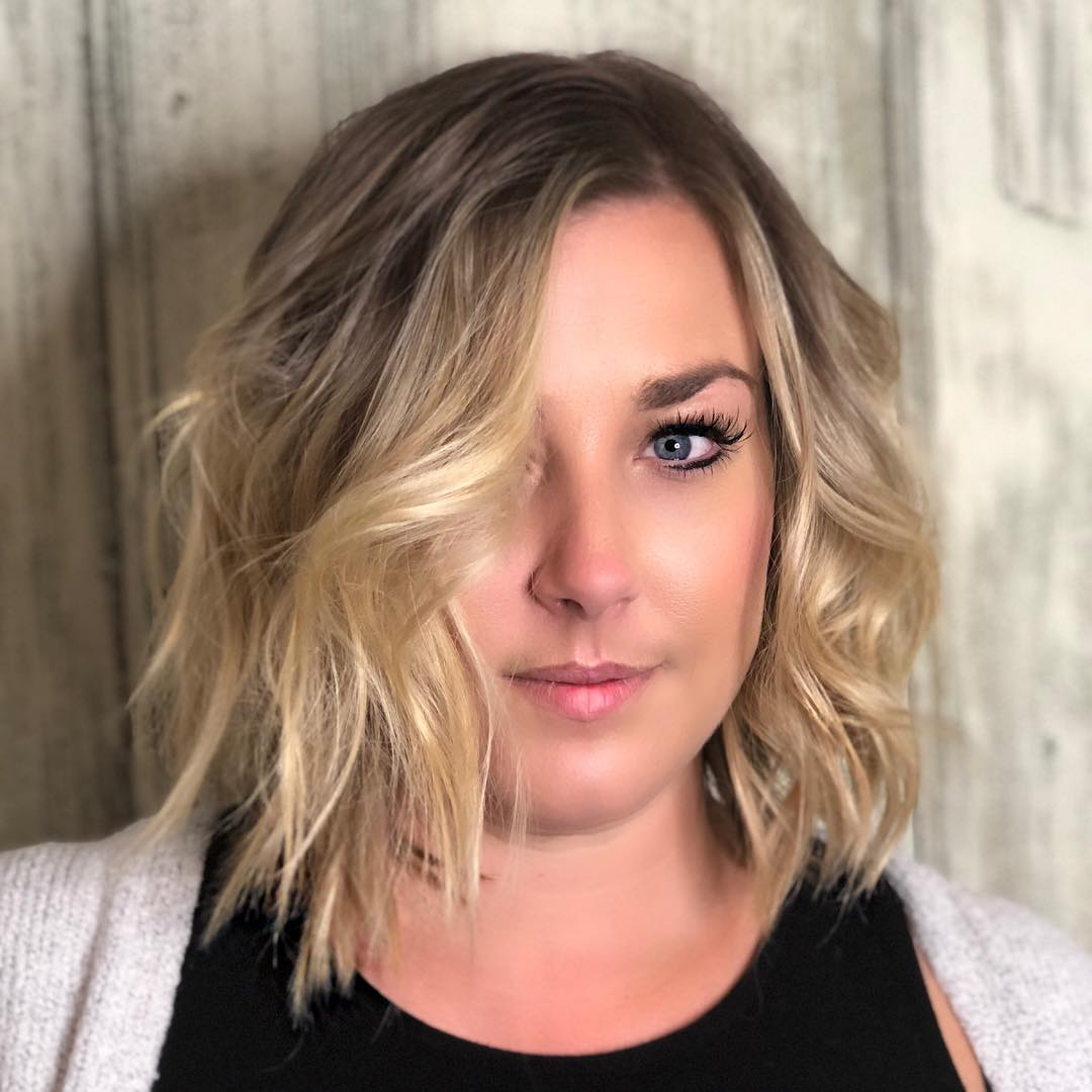 Messy Neck-Length Bob for Round Face