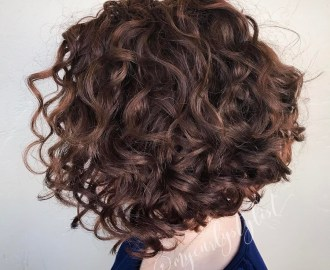 Concave Bob for Messy Curls