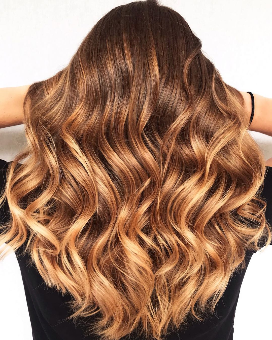 Golden Caramel Blonde Highlights