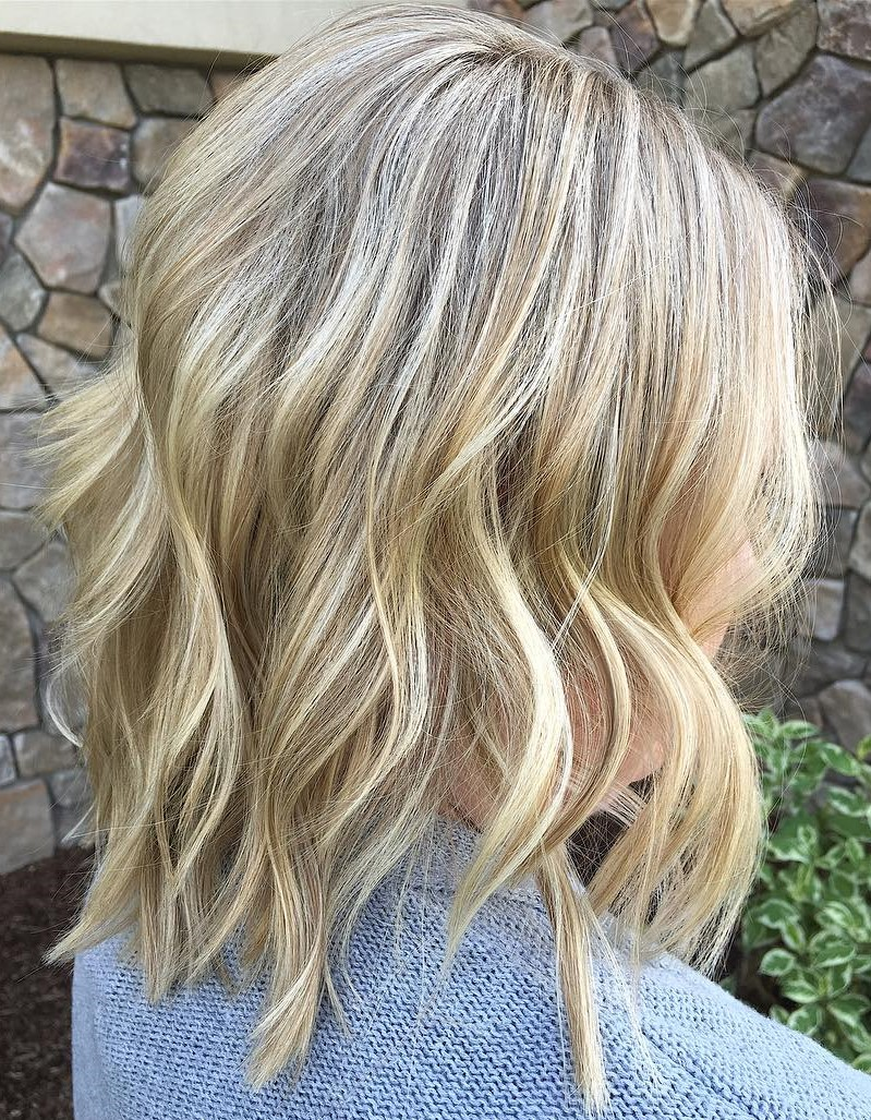 Trendy Lob with Beach Waves