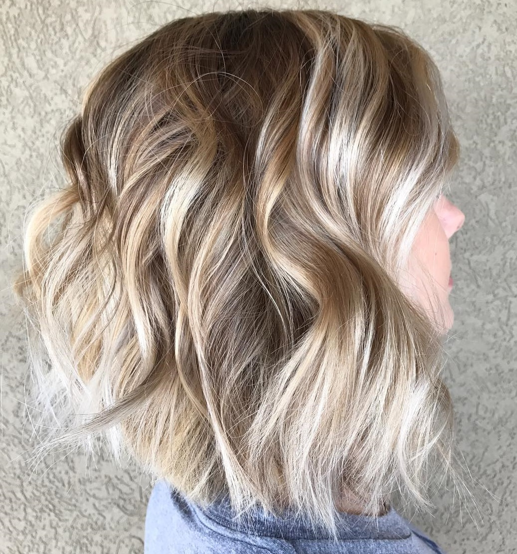 Layered Wavy Bob with Milky Chocolate Balayage