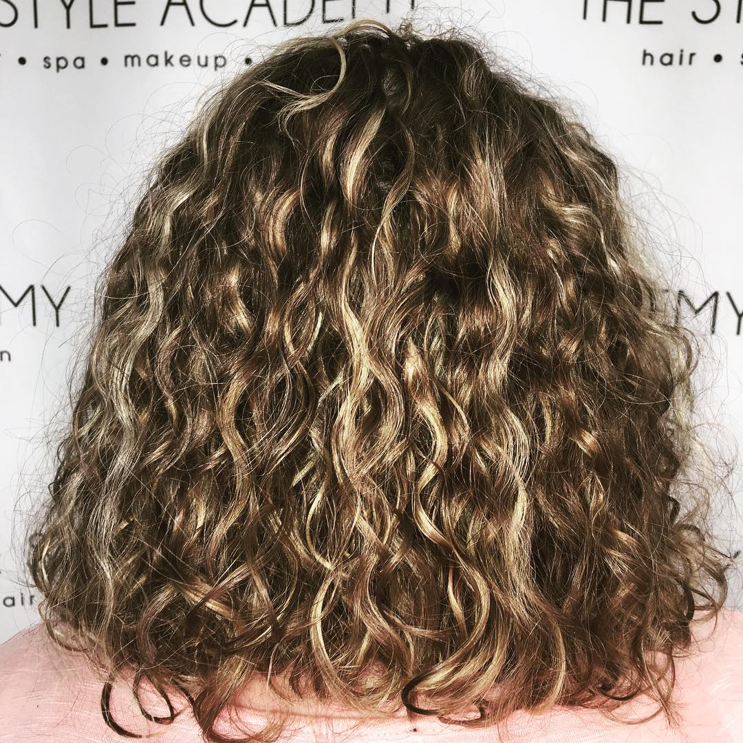 Permanent Curly Lob