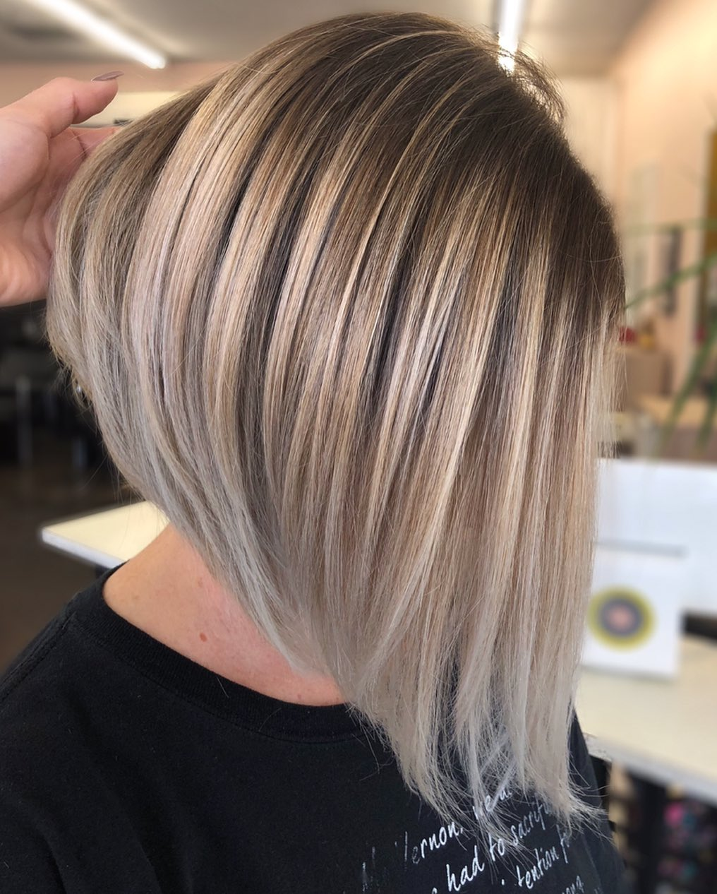 Blonde Inverted Bob for Medium-Length Hair