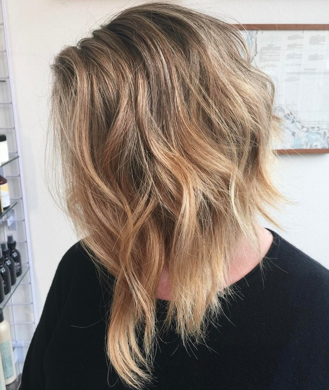 Long Inverted Bob with Shaggy Waves