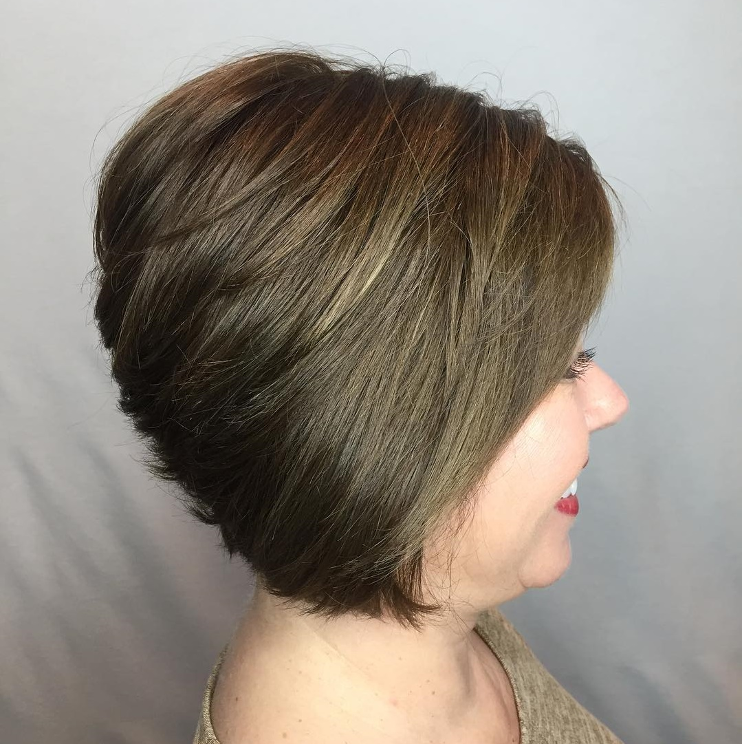 Short Stacked Bob for Straight Hair