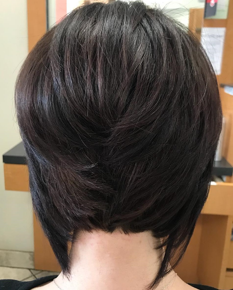 Short Bob with Longer Pieces in the Front