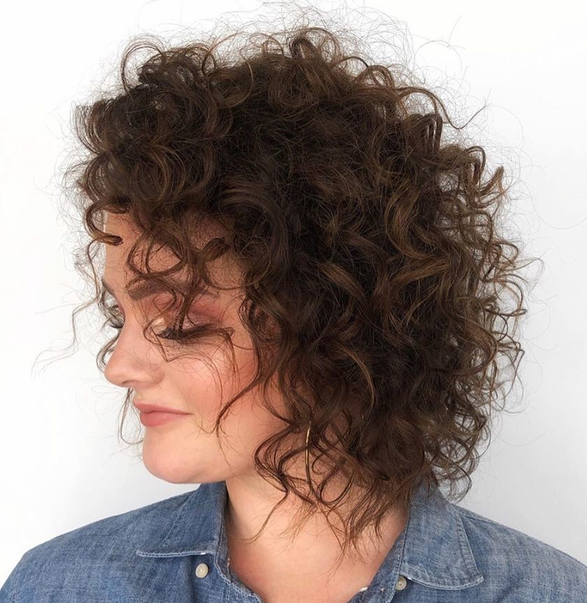 Mid-Length Haircut for Women with Curly Hair