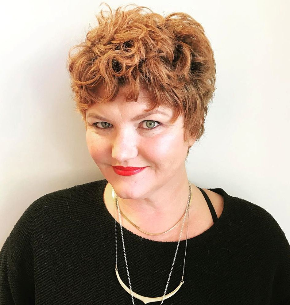 Short Hairstyle with Bangs for Curly Hair