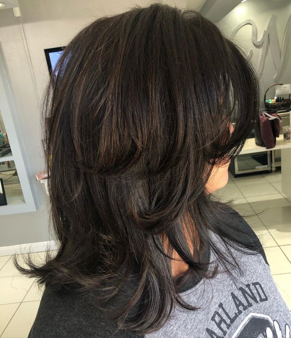 Stylish Shoulder Haircut for Women