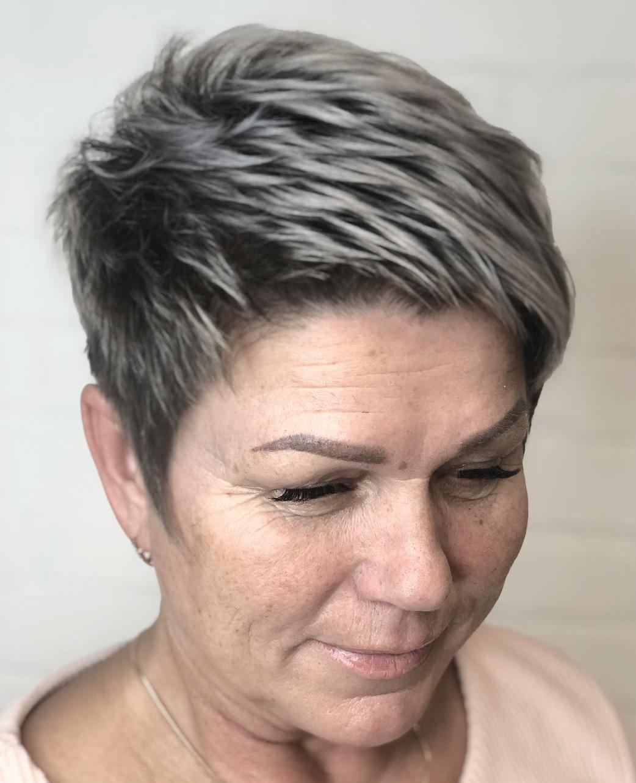 Highlighted Haircut for Short Hair
