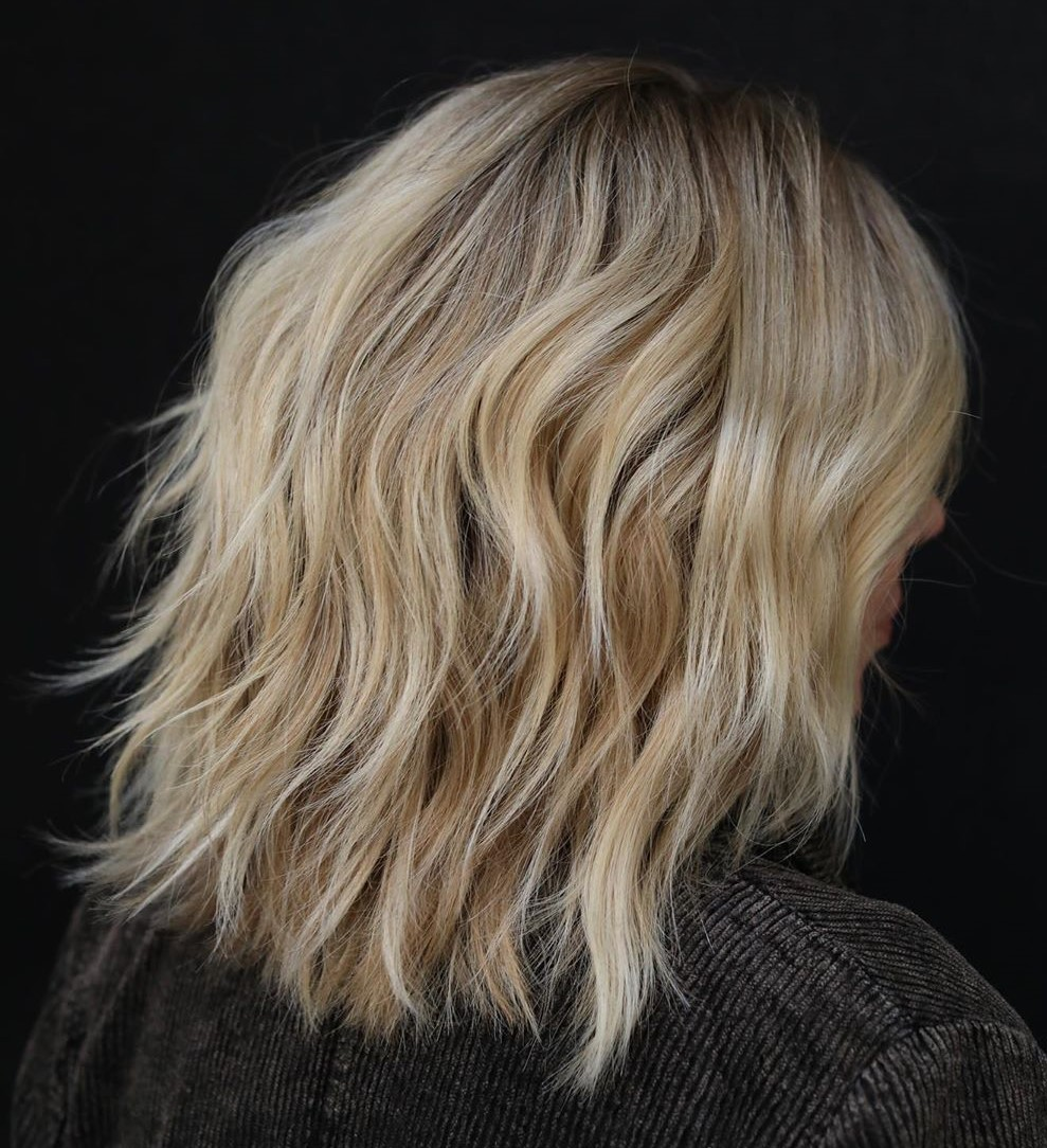 Shoulder Length Razored Hairstyle for Women