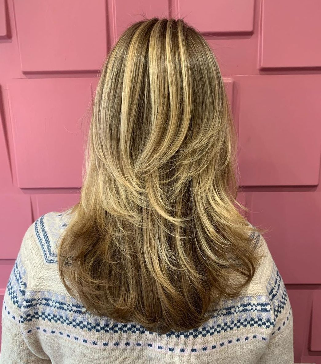 Two-Tier Medium Layered Haircut