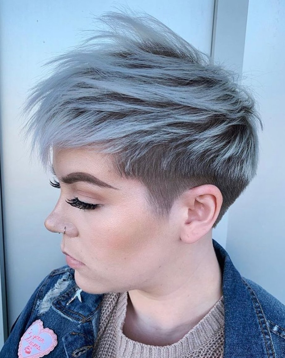 Shaggy Undercut Haircut with Highlights