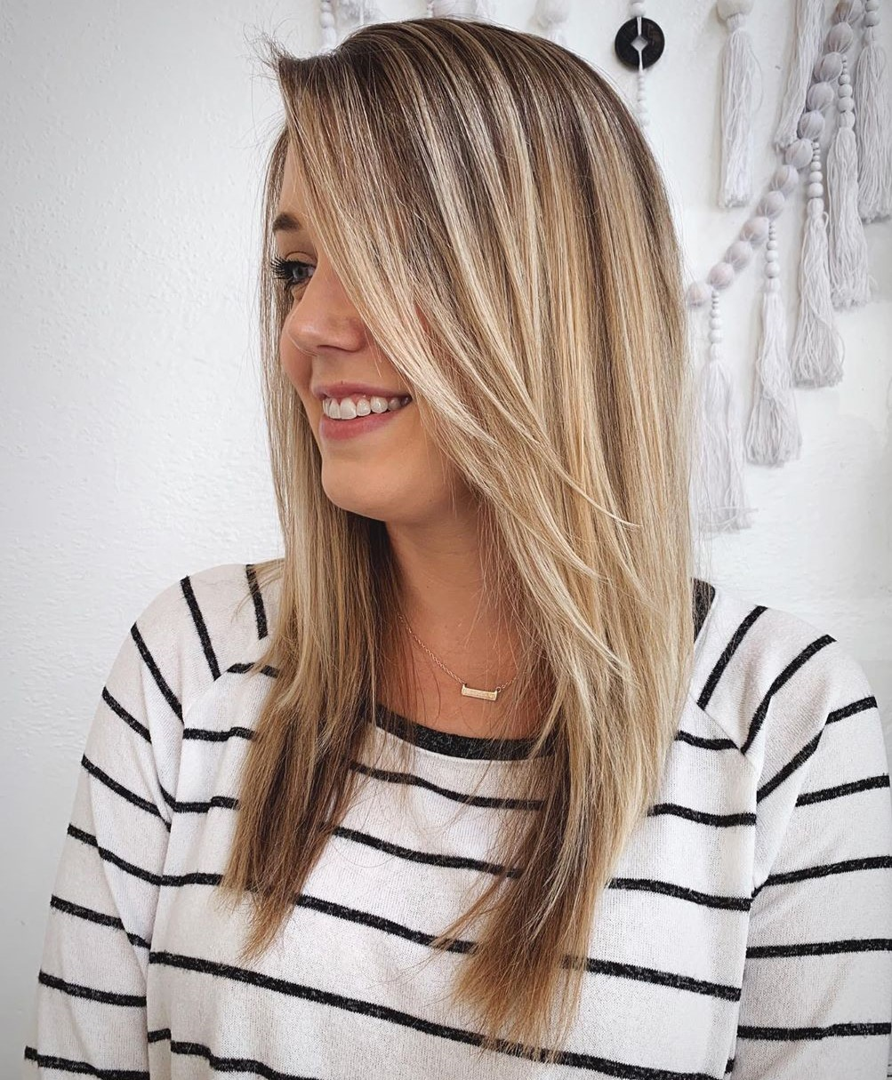 Medium Straight Layered Hairstyle for Fine Hair