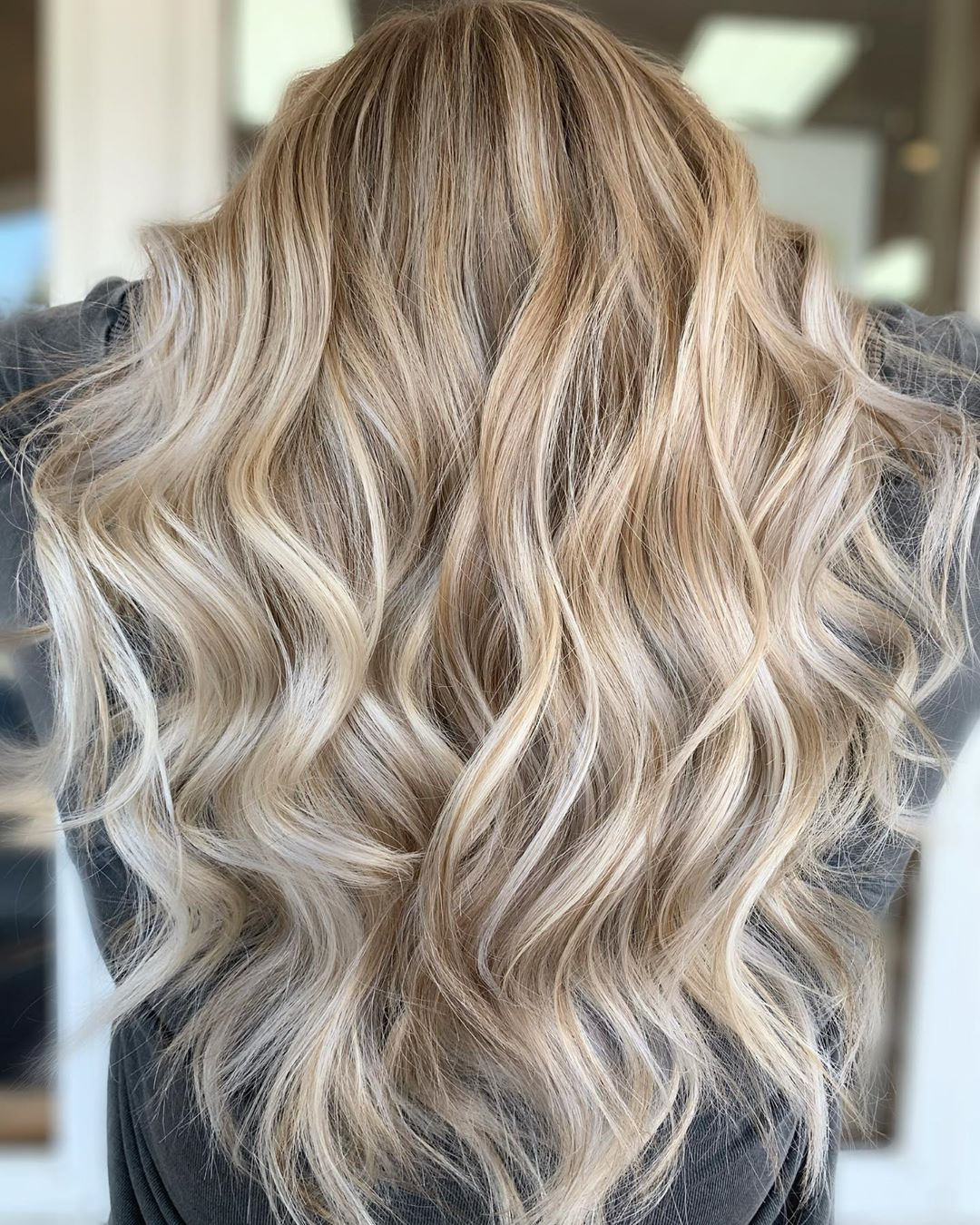 Full Blonde Balayage with Lowlights