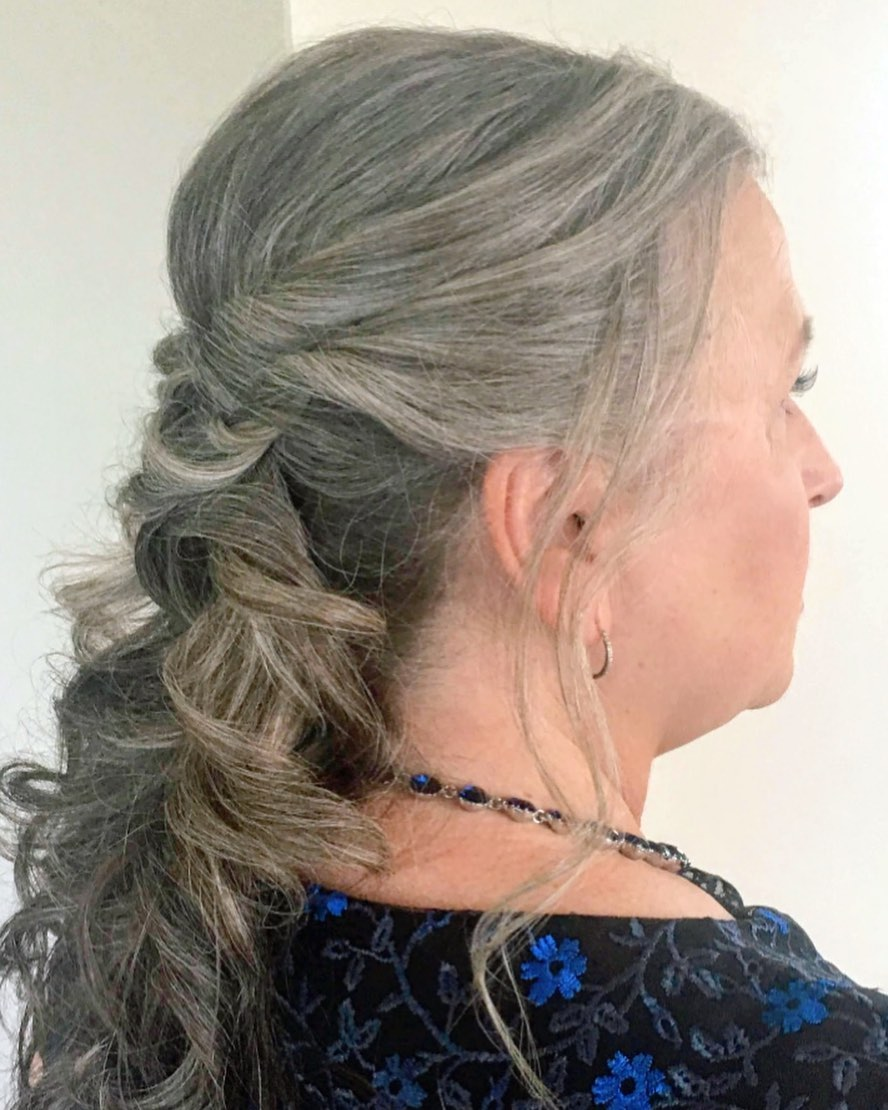 What Are the Best Long Hairstyles for Older Women? - Hair Adviser