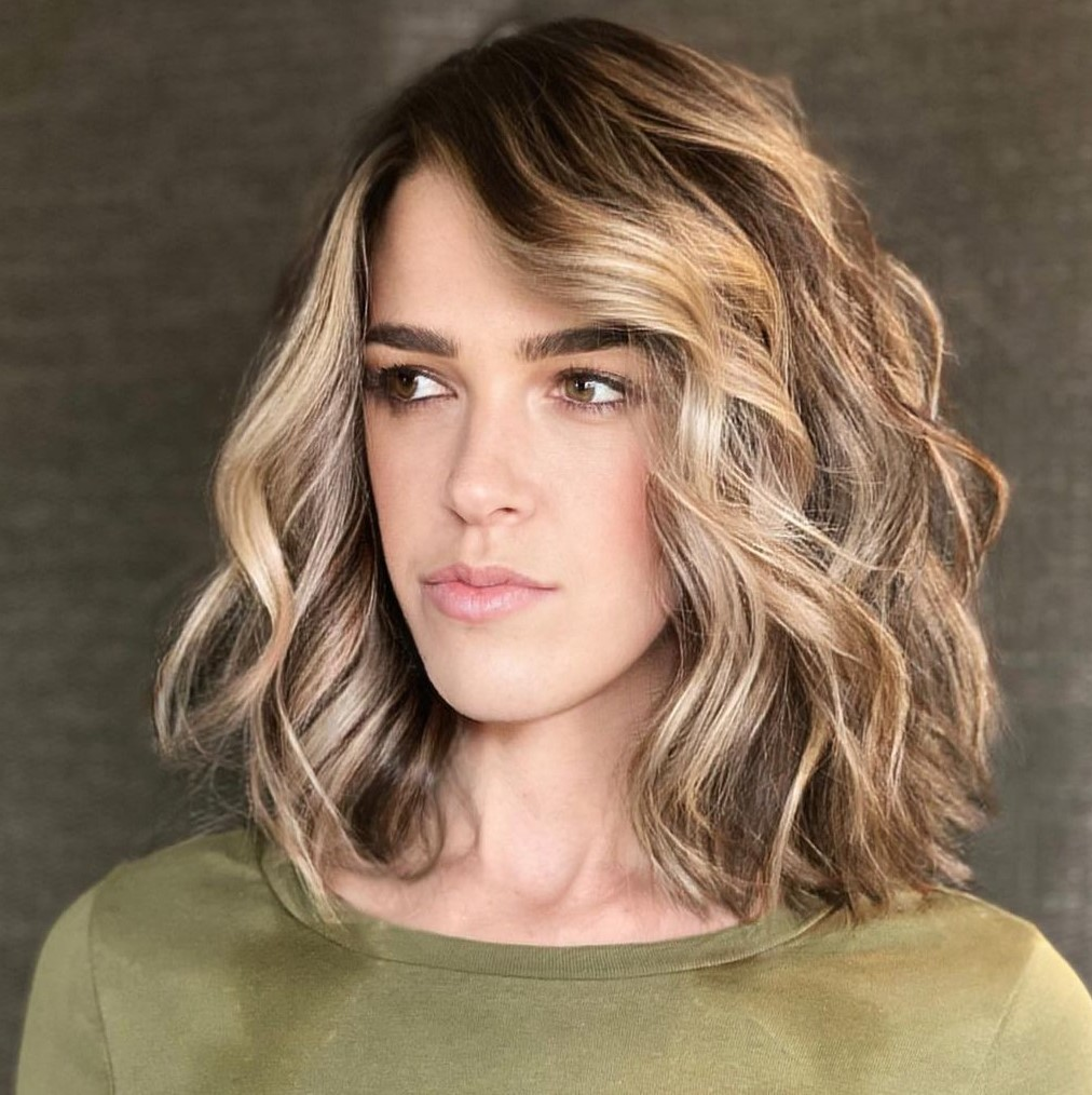 Sun-Kissed Lob for a Skinny Face