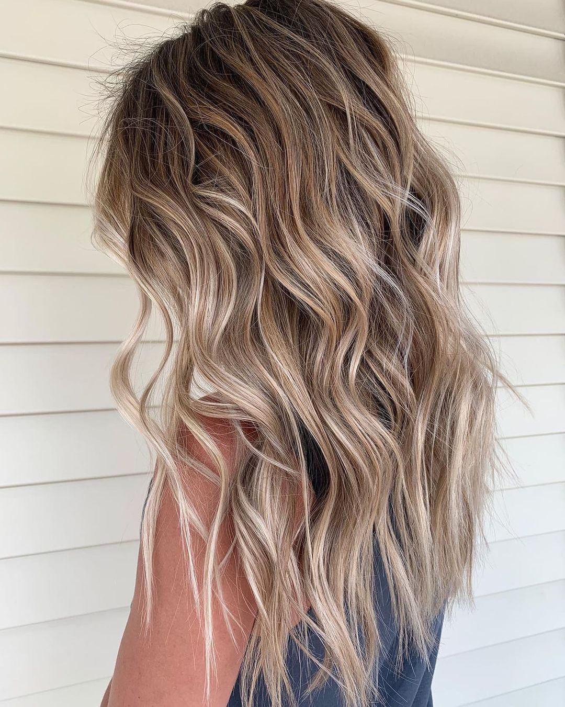 2021 Sandy Balayage Hair Trend