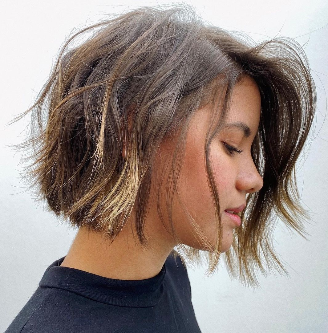 Chin-Length Bob with Shaggy Layers