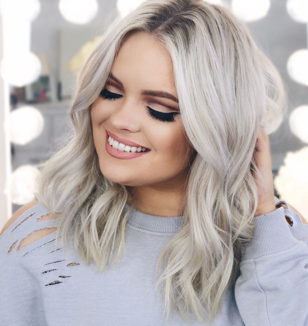 Blonde Hair with Curled Beach Waves