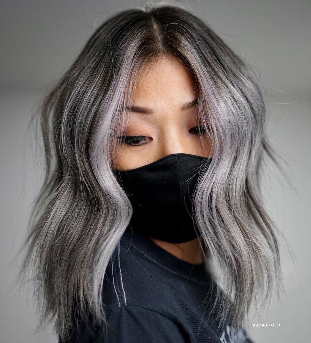 Flowy Dark Lob with Gray Highlights
