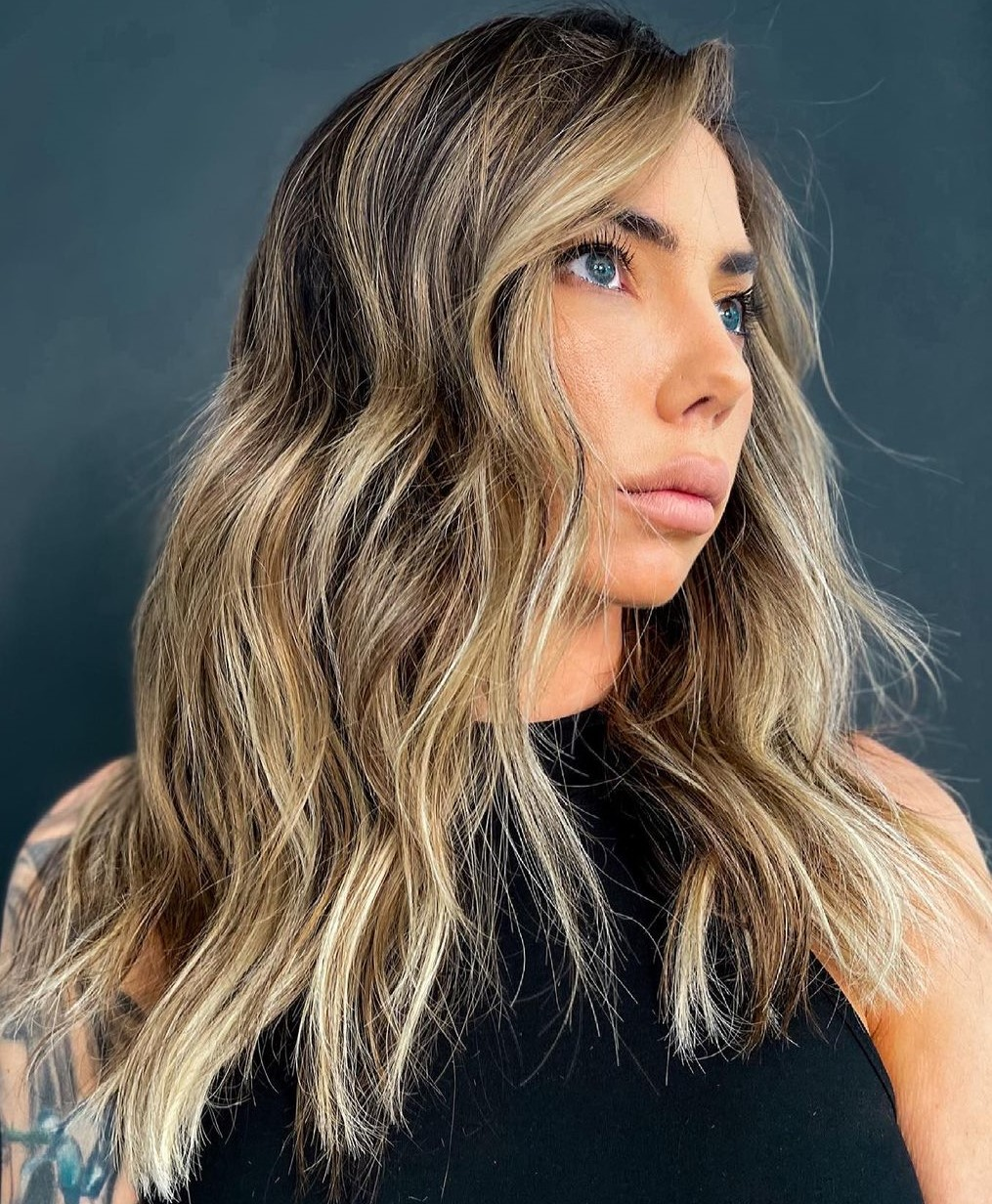 Trendy Brown Blonde Highlights and Lowlights