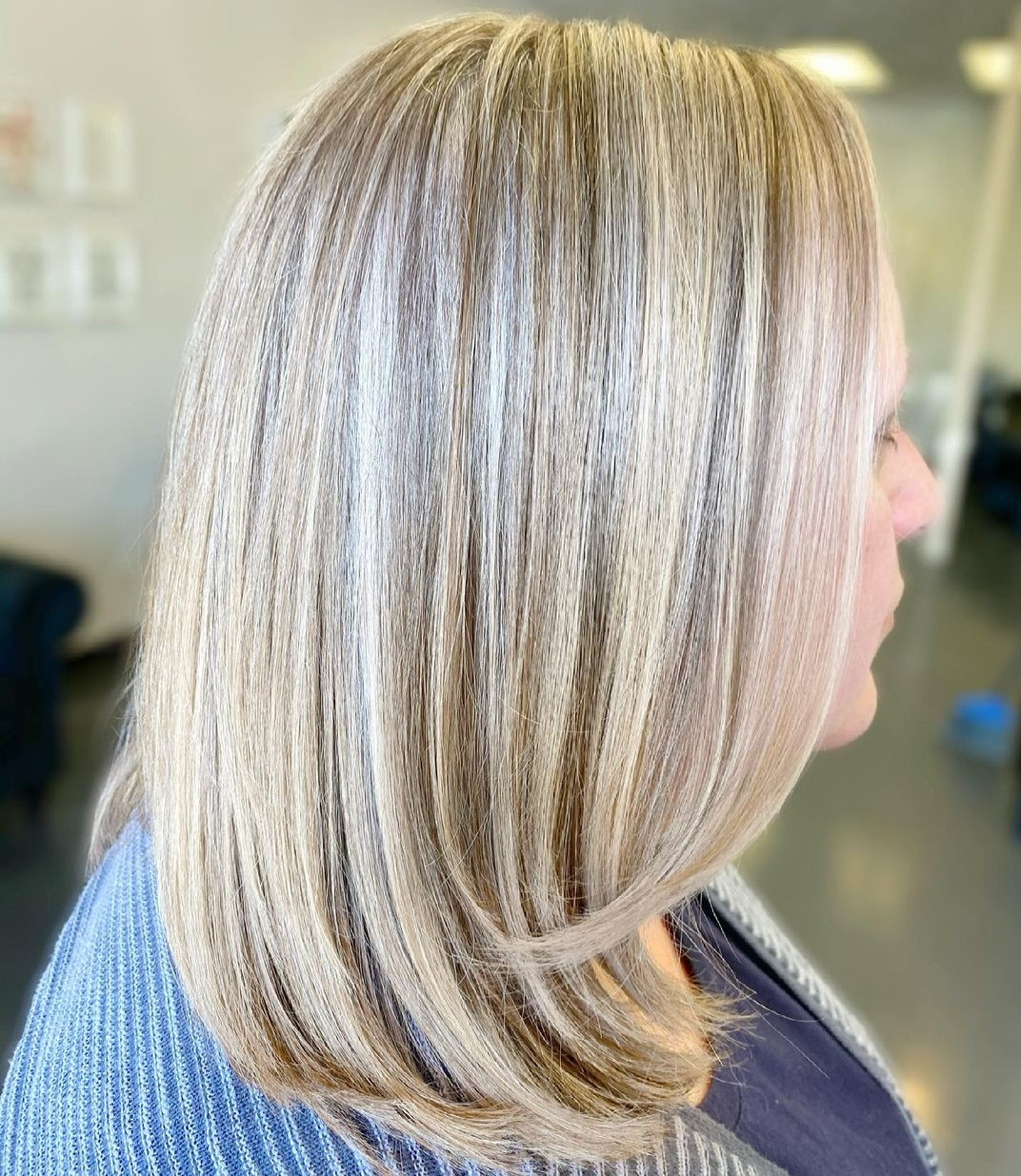 Over 40 and Overweight Medium Blonde Balayage