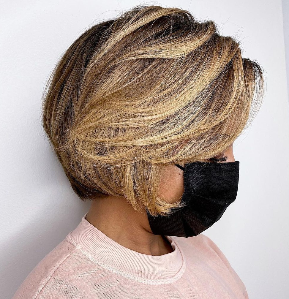 Short Hair with Highlighted Side Bangs