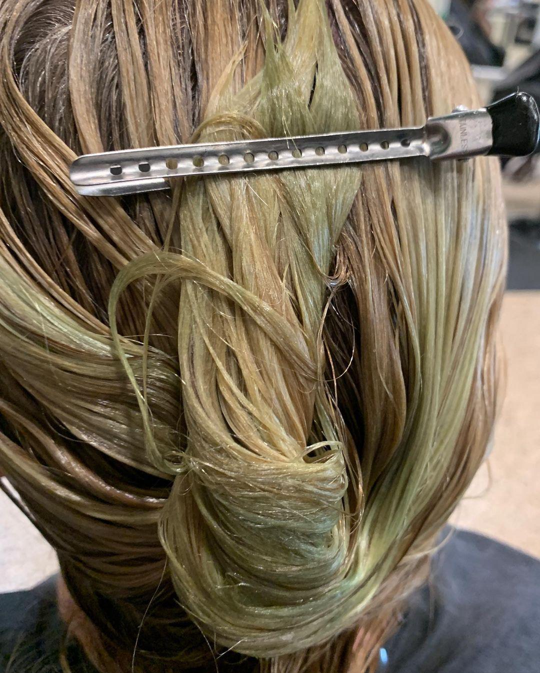 Clarifying Hair Salon Treatment