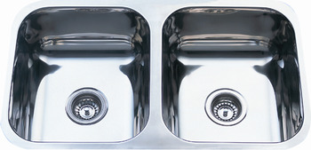 undermount sink double bowl in the