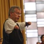 Rainer Schmidt ist Kabarettist, Pfarrer und ehemaliger Profi-Sportler.