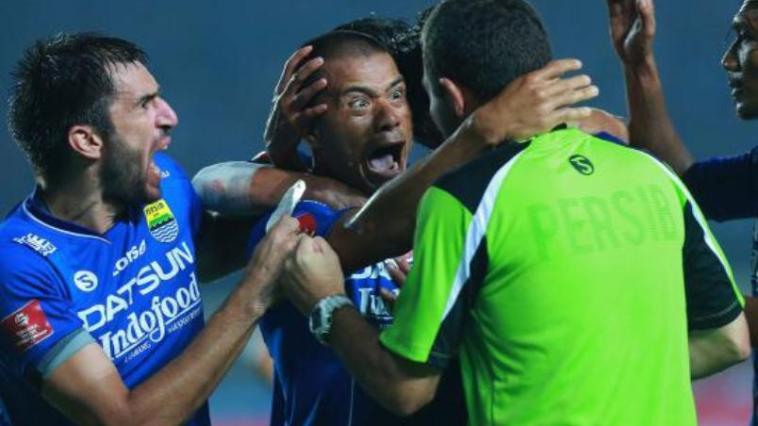 Kedua Pelatih Kompak Atas Hasil Imbang Persib Vs Sriwijaya