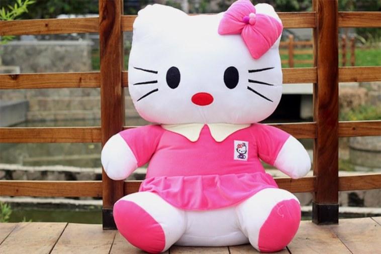 Dibalik sosoknya yang lucu, ternyata boneka Hello Kitty simpan cerita mengerikan, kok horor ya!