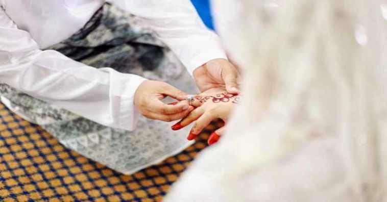 Baru terucap kata 'sah', pengantin pria ini langsung ceraikan istrinya di pesta pernikahan, penyebabnya mertua