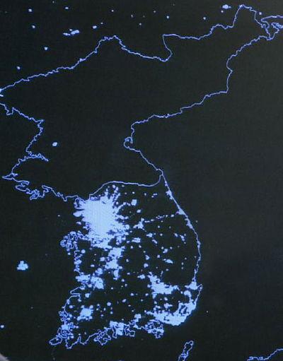 Satellitbild på natten över koreanska halvön