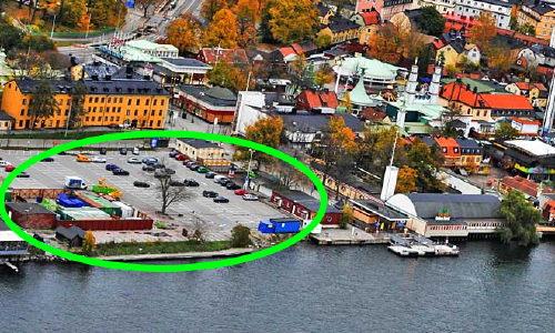 Parkeringen mellan spårvagnshallen och Gröna Lund