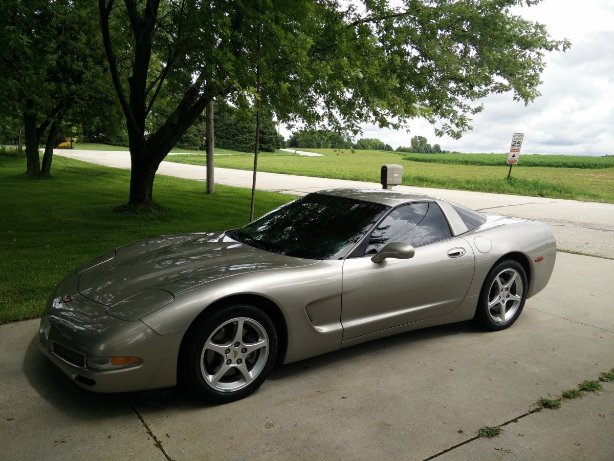 New Car – 2001 Chevrolet Corvette