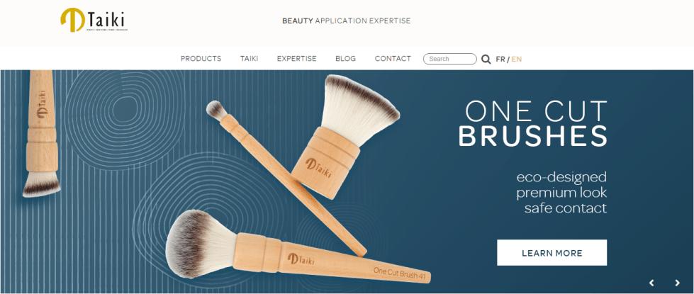 TAIKI makeup brush