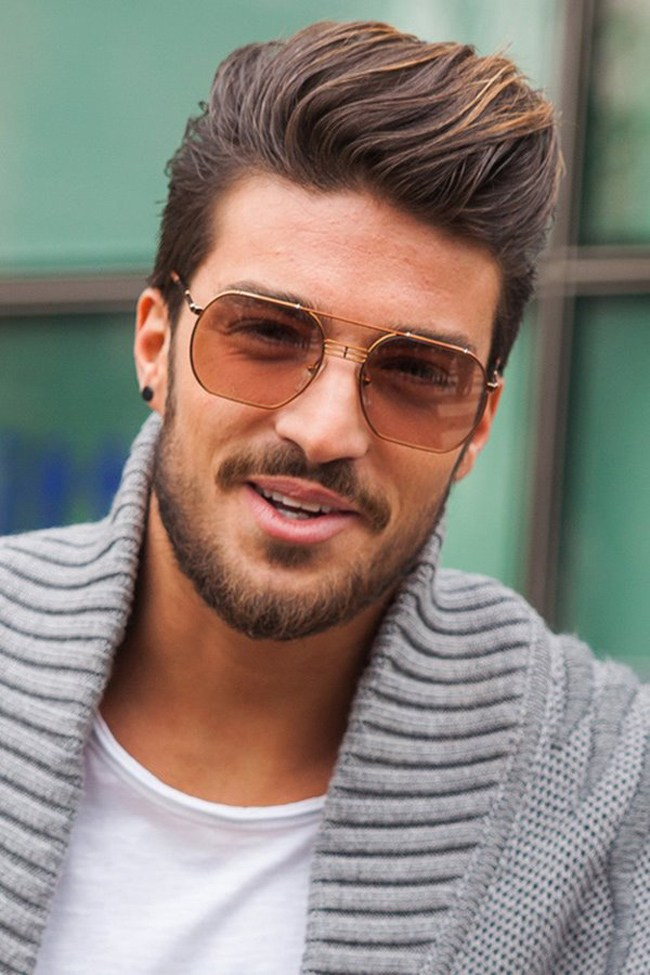 Short Quiff Hairstyle With Thick Hair