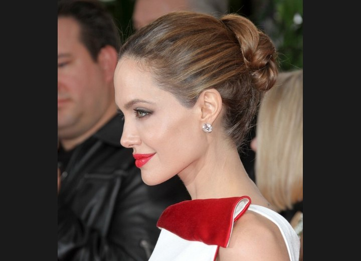 Angelina Jolies Hair Styled Into A Simple And Elegant Up